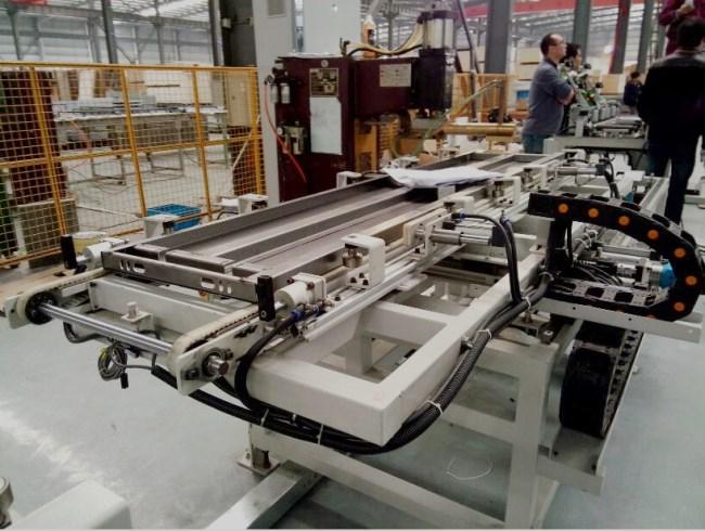 电阻焊自动定位机械手
